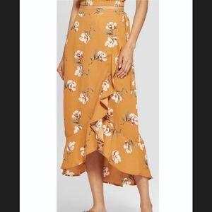 Xhilaration  Floral Print High-Low Hem Maxi Skirt